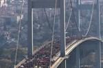 Boğaziçi Köprüsü, Maraton sırasında sallandı