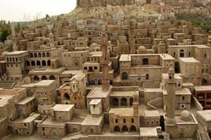 Mardin'in tarihi evleri çiçek açacak
