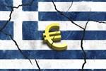 Avrupa Yunanistan'ı git gide sıkıştırıyor