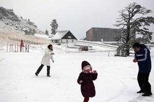 Kayak merkezlerinde kar kalınlığı yükseldi