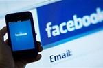 Facebook kendi gelirini katladı