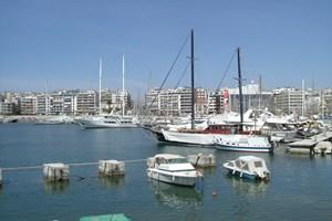 'Çipras, Pire limanı için ihale açabilir'