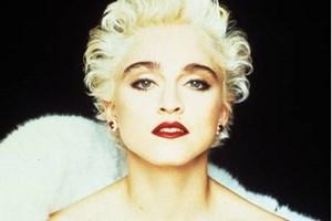 Madonna'dan şok hareket!