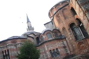 Fatih Belediyesi Ayvansaray'daki 15 tarihi binayı yeniledi!