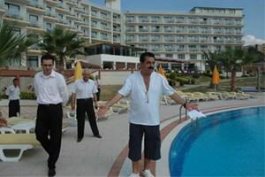 İbrahim Tatlıses Bodrum Bitez'deki otelini 13 milyon TL'ye satıyor!