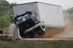 Beton bariyerler kazaları önlüyor!