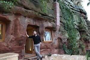 Tarihi mağara artık muhteşem bir ev