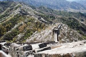 Dünyanın en büyük duvarı Çin Seddi yıkılıyor