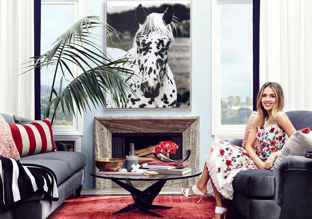 Alba güzel evini 11.500 dolara aylık olarak kiralıyor. Yani eğer paranız varsa siz de Jessica...