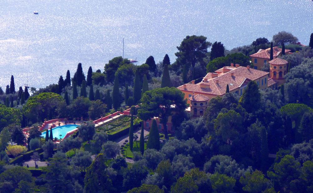 3. 'Villa Leopolda' – Villefranche-sur-Mer / Fransa Alfred Hitchcock'un To Catch A Thief isimli...