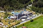 Alpler'in ortasında muhteşem otel! İçinde yok yok