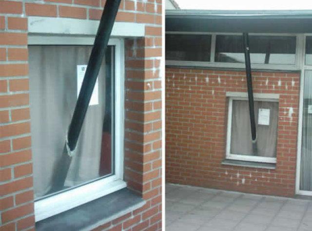 Kimine göre mimari hata kimine göre tam bir fecaat! Kapısız balkonlar, merdivenli engelli...