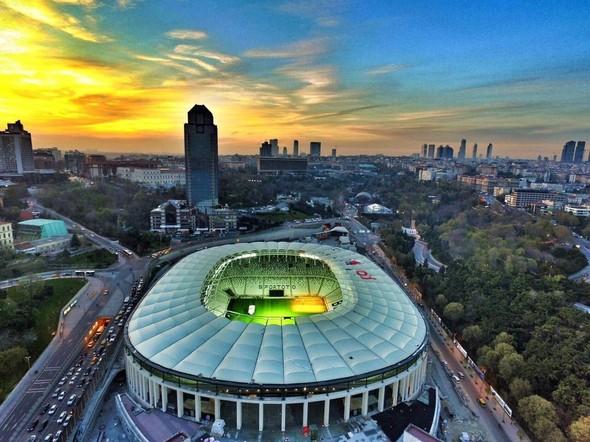 Vodafone Arena - 2016'da açıldı - 41 bin 903 seyirci kapasiteli