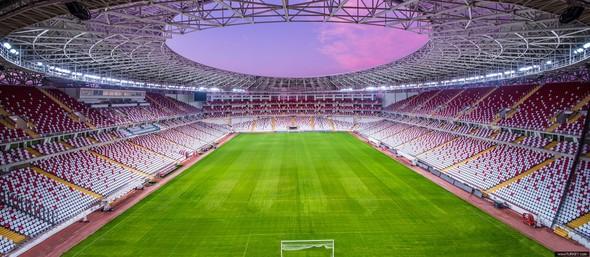 Antalya Arena - 2015'te açıldı - 33 bin seyirci kapasiteli