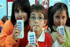 Bakanlardan 6 milyon öğrenciye okul sütü