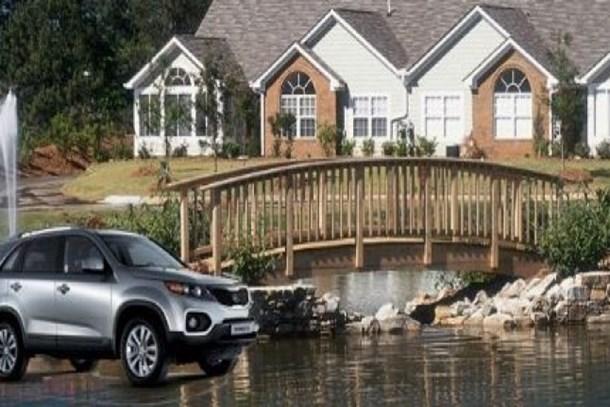 Ev fiyatlarına ulaşamayan vatandaşlar arabaya koştu