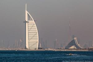 Dubai'nin 7 yıldızlı 'yelken oteli' görenleri büyülüyor