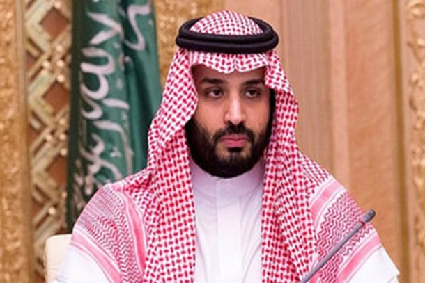 Yıllar sonra Suudi Arabistan'da bir ilk! Petrolün kontrolü oğula geçti