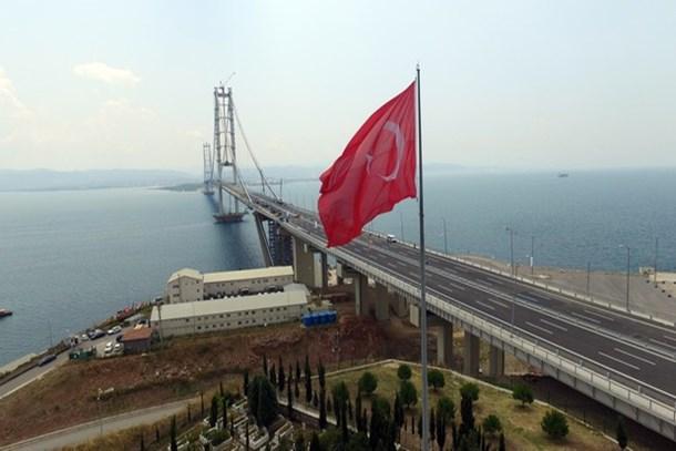 Sofuoğlu'ndan Osmangazi Köprüsü'nde deneme sürüşü!