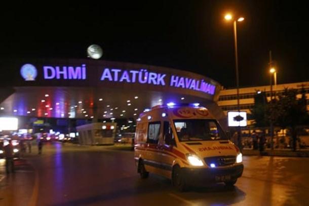 Atatürk Havalimanı'nda bombalı saldırı!