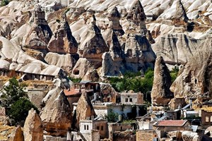 14. yüzyıldan kalma mimari ile bugüne gelen evler!