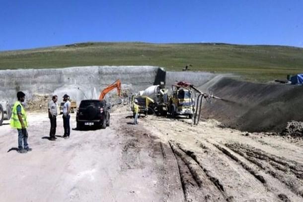 Orta Asya'ya açılan kapıda ilk! Mozaret Tüneli'nde ilk kazma vuruldu