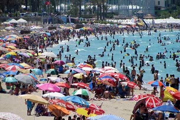 700 bin yerli turistin tatil yaptı
