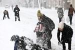 Meteorolojiden uyarı! İstanbul'da okullar yarın tatil mi?