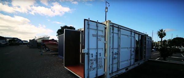 İçinde yok yok… İşte konteyner'ın içinden çıkan muhteşem yaşam...