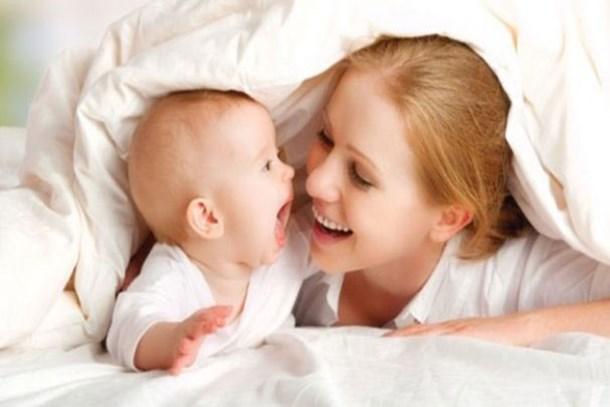 Çalışan anneye ayda 500 lira bakıcı desteği