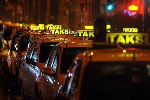 Bu takside yiyecek içecek bedava!