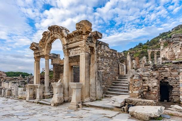 Bir asırdır turist çeken antik kent!