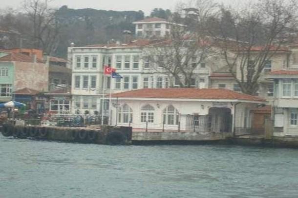 Çengelköy Vapur İskelesi bölgesinde ihale!