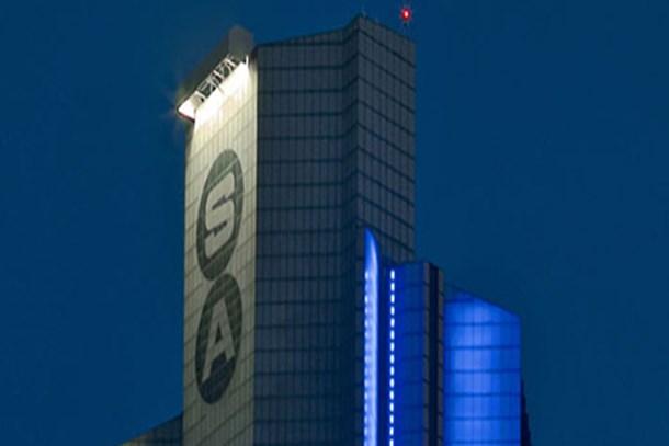 Sabancı Holding CEO'su görevinden istifa etti