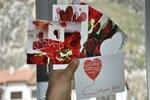 Sevgililer Günü'nde PTT'den tebrik kartı