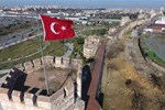 İstanbul'un yıllara meydan okuyan surları