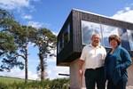 9 yıl karavanda yaşayan çiftten ucuz ev yapmanın formülü!