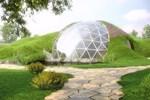 Hobbit kovuklarına benzeyen depreme dayanıklı biodome evler