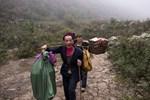 Mağaranın içinde bulunan köyde 100 kişi yaşıyor!