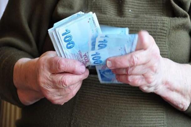 Emekliye ucuz tatil ve çifte zam müjdesi!
