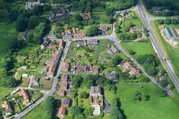 Bu köy tam 20 milyon sterline satıldı!