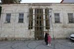 İzmir'in eski taş evleri şimdi ateş pahası!