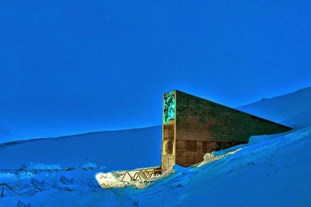 Felaketlere karşı inşa edilen depoyu su bastı!