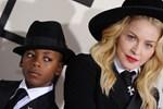 Madonna oğluna 22 milyon liraya ev aldı