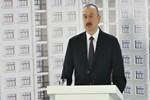 Aliyev'den 255 gazeteciye ev hediyesi!