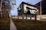 Bu billboard aslında bir ev