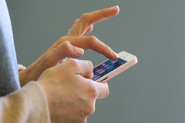 Cep telefonları için cepten 12,1 milyar lira çıktı
