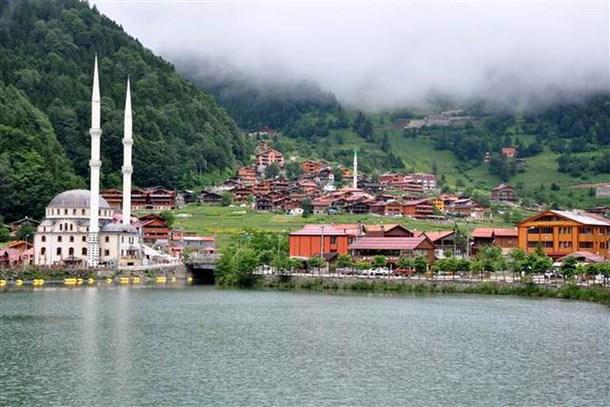 Trabzon'a yapay 3 yeni Uzungöl geliyor
