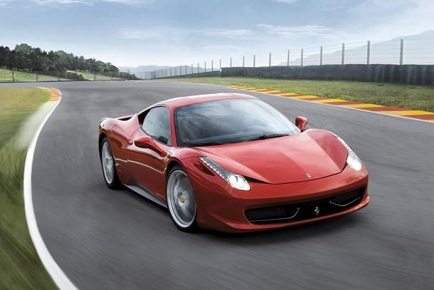 Baktı Tesla aldı yürüyor Ferrari de harekete geçti