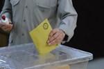 AK Parti'de hangi belediye başkanları üç döneme takılacak?